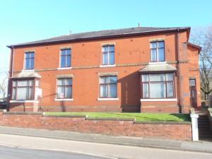 Brandlesholme Road, Bury, BL8 1AX