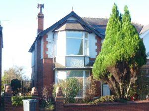 Walmerlsey Road, Bury, BL9 5ER
